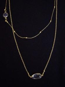 Ασημένια 925ο επιχρυσωμένα κολιέ με ημιπολύτιμες πέτρες. Συνδυάστε την αλυσίδα με την πέτρα που σας αρέσει! Τιμή: 18 € το ένα Κωδικός: 10124/1